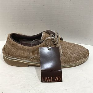 Uwezo Women's Oxford Natural Hair-On Cowhide